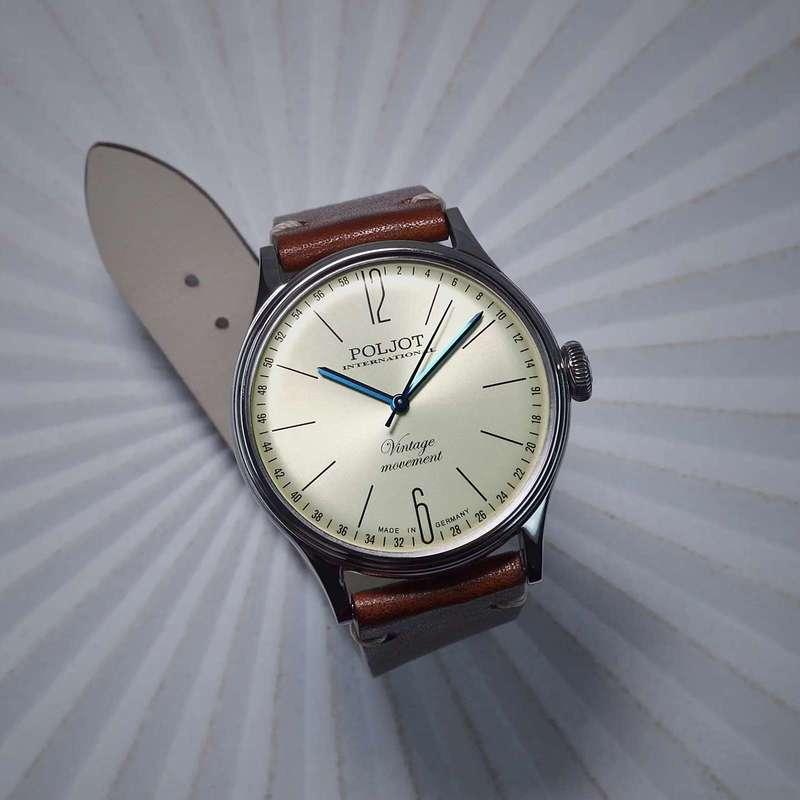 Uhr aus den 60er Jahren